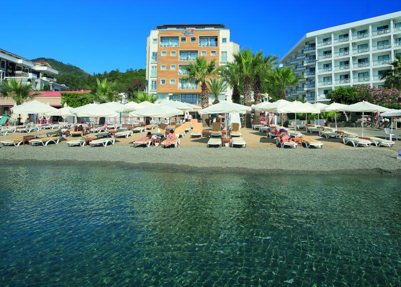 Cettia Beach Resort / Cettia Beach Resort